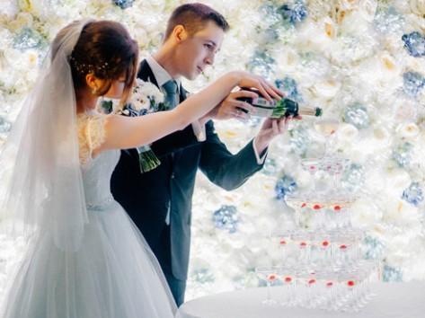 Как подобрать алкоголь на свадьбу? Рецепт от невесты-сомелье.